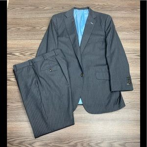 Tom James Grey & Blue Pinstripe Suit 42L Long